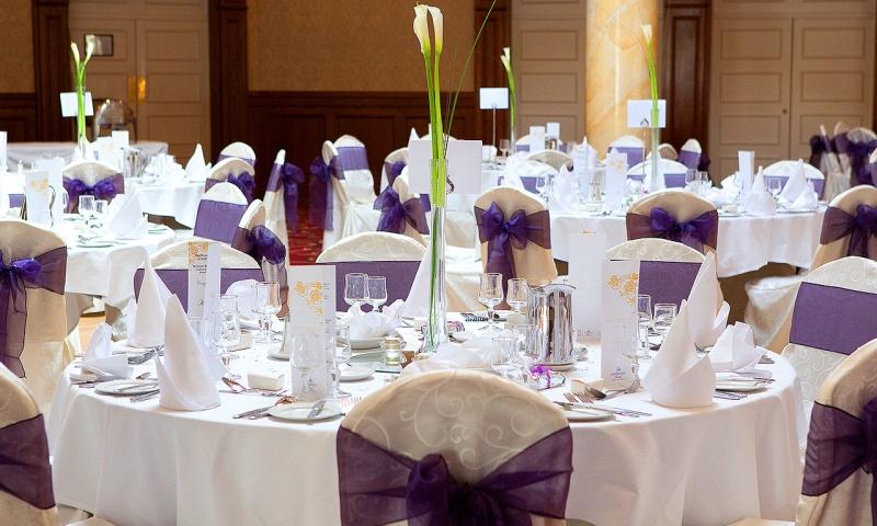 Na co zwrócić uwagę wybierając salę weselną?