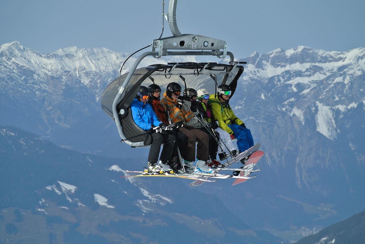 Na narty we Włoszech autokarem lub samolotem