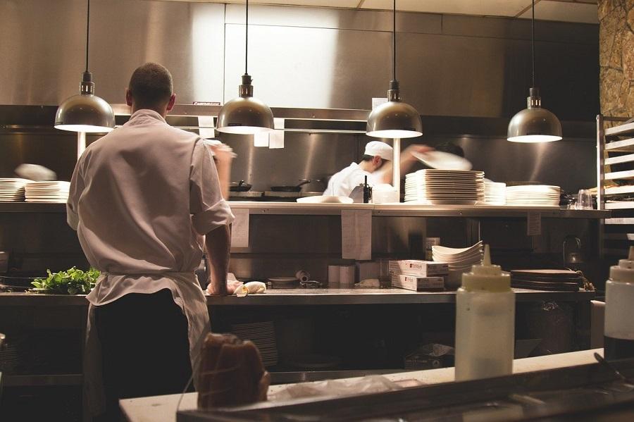 Serwisowanie urządzeń gastronomicznych.